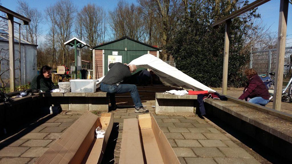 het dak van de tent zit er al op