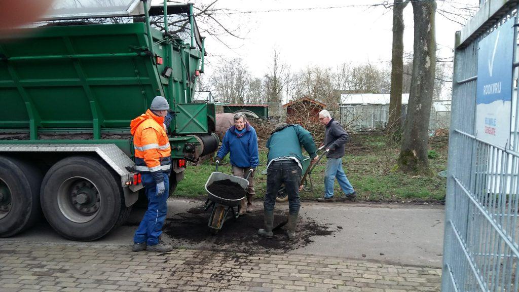 20200212_094700-compost